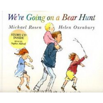 We're Going On a Bear Hunt  :Paperback & CD