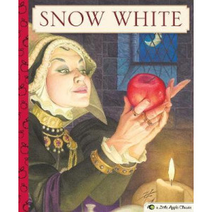 Snow White: A Little Apple Classic
